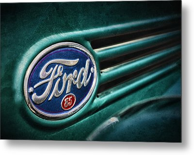 Ford 85 Metal Print by Caitlyn Grasso