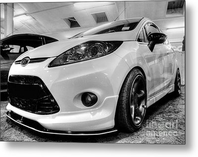 Ford Fiesta In Hdr Metal Print by Vicki Spindler