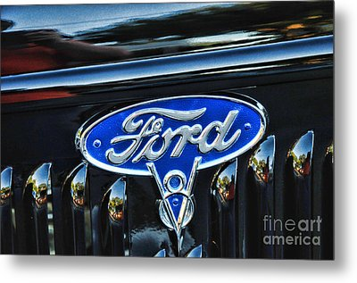 Ford V8 Classic Car Badge Metal Print by Paul Ward