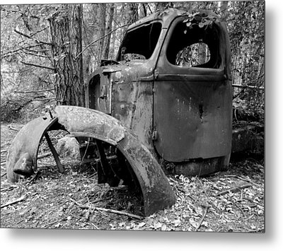 Metal Print featuring the photograph Forgotten by Mark Alan Perry