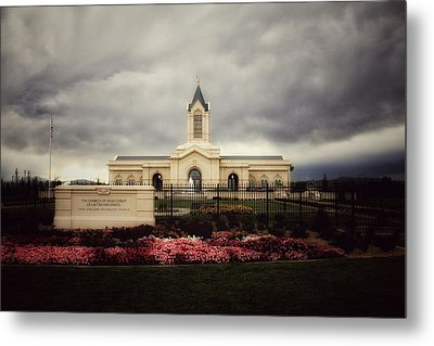 Fort Collins Lds Temple East Side Metal Print by David Zinkand