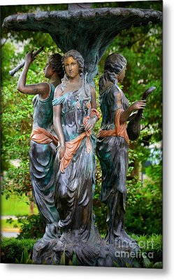 Fountain Beauties Metal Print