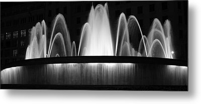 Fountain In Barcelona Metal Print by Farol Tomson
