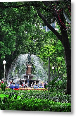 Fountain Through The Trees By Kaye Menner Metal Print