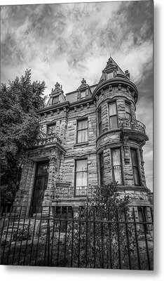Franklin Castle In Black And White Metal Print by Michael Demagall