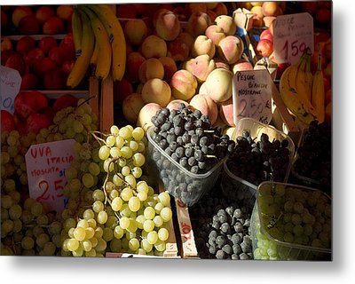 Fruit For Sale At The Rialto Market Metal Print by Todd Gipstein