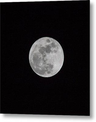 Full Moon Metal Print by Hyuntae Kim