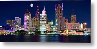 Full Moon Over Detroit Metal Print