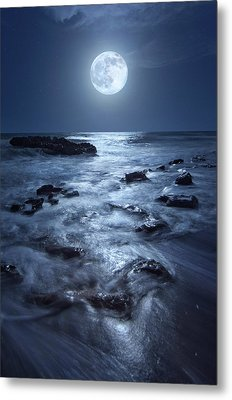 Full Moon Rising Over Coral Cove Beach In Jupiter, Florida Metal Print