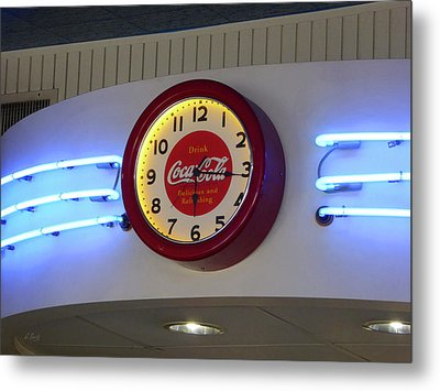 Metal Print featuring the photograph Galaxy Diner Clock by Gordon Beck