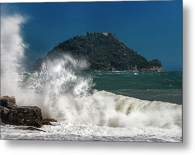 Gallinara Island Seastorm - Mareggiata All'isola Gallinara Metal Print