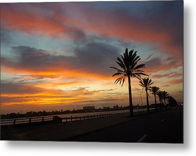 Galveston Sunrise Metal Print by Robert Anschutz