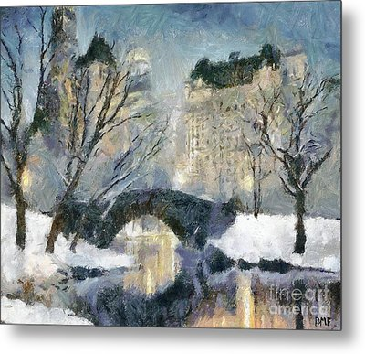 Gapstow Bridge In Snow Metal Print