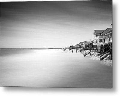 Garden City Ocean Front Living II Metal Print by Ivo Kerssemakers