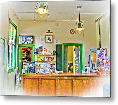 Gas Lamp Cafe Metal Print by Gerry Walden
