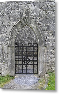 Gate To Irish Castle Metal Print by Jeanette Oberholtzer