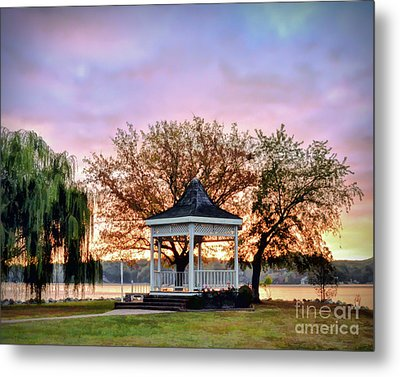 Metal Print featuring the photograph Gazebo Sunrise At Claytor Lake by Kerri Farley