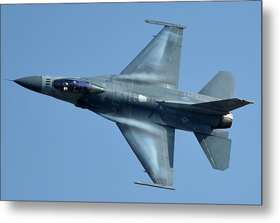 General Dynamics F-16c Block 50d Viper 91-0376 Chino California April 29 2016 Metal Print by Brian Lockett