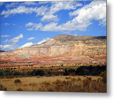 Metal Print featuring the photograph Ghost Ranch New Mexico by Kurt Van Wagner