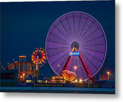 Giant Ferris Wheel Metal Print