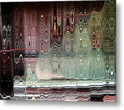 Glass House Metal Print by Shirley Sirois