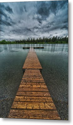 Metal Print featuring the photograph Gloomy Rainy Day On Norbury Lake by Darcy Michaelchuk