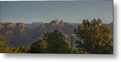 Metal Print featuring the photograph Golden Hour On Thimble Peak by Dan McManus