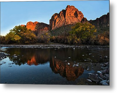 Metal Print featuring the photograph Goldfield Mountains On The Salt River by Dave Dilli