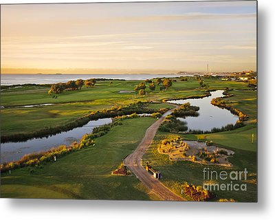 Golfing At The Gong II Metal Print