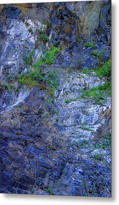 Metal Print featuring the photograph Gorge-2 by Dale Stillman