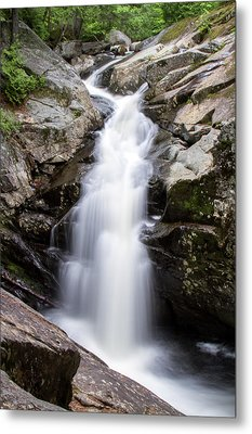 Gorge Waterfall Metal Print