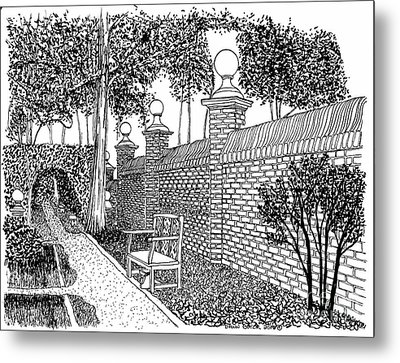 Governors Palace Garden Pathway Metal Print by Dawn Boyer