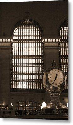 Grand Central Station Metal Print by Henri Irizarri