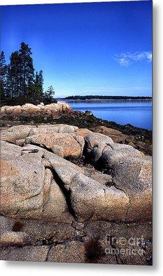 Granite Shoreline Deer Isle Maine Metal Print by Thomas R Fletcher