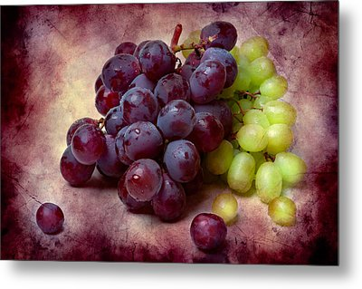 Metal Print featuring the photograph Grapes Red And Green by Alexander Senin
