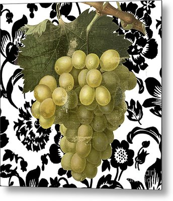 Grapes Suzette II Metal Print by Mindy Sommers