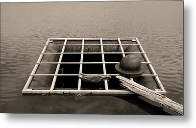 Grate Art Metal Print by Don Spenner