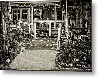 Metal Print featuring the photograph Great Eats At The Old Time Fishing Camp   -   Fishrestaurantbwantiq120933 by Frank J Benz