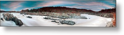 Great Falls Apres Sandy Metal Print by Edward Kreis