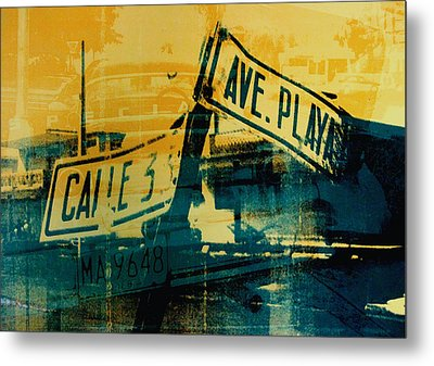 Green And Yellow Street Sign Metal Print