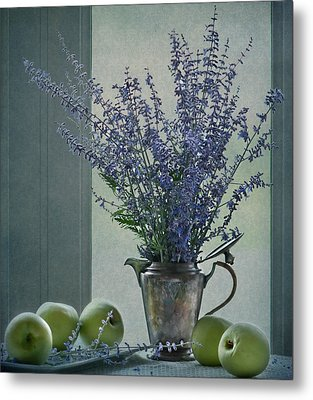 Green Apples In The Window Metal Print by Maggie Terlecki