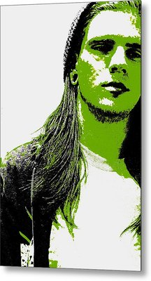 Green Is In Metal Print by Ed Smith