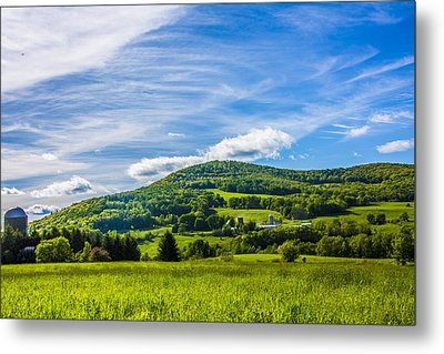 Metal Print featuring the photograph Green Mountains And Blue Skies Of The Catskills by Paula Porterfield-Izzo