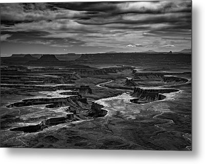 Green River In Black And White Metal Print by Rick Berk