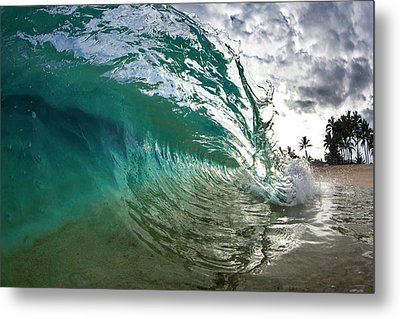 Green Shimmer Metal Print by Sean Davey