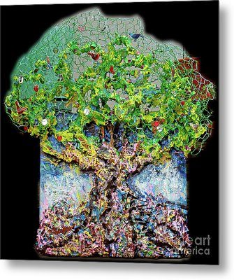 Green Tree With Birds Metal Print by Genevieve Esson