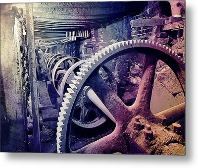 Metal Print featuring the photograph Grunge Large Gear by Robert G Kernodle