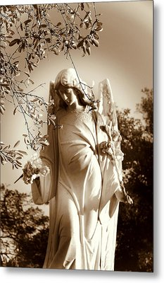 Guardian Angel Bw Metal Print by Susanne Van Hulst