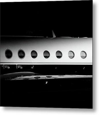 Gulfstream V Windows Metal Print by Roberto Chiartano