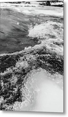 Metal Print featuring the photograph H2O by Alex Lapidus